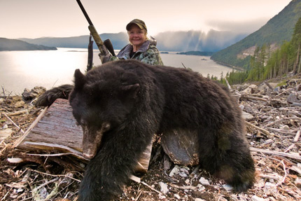 bc-black-bear-hunting-photo-canada-dorthy-harber-2013-SLIDER
