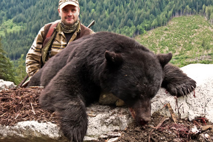 bc-black-bear-hunting-photo-canada-haken-boren-2013-SLIDER